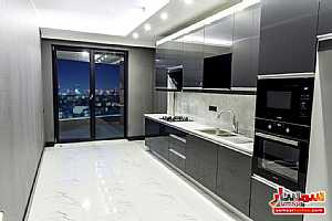 Apartment 3 bedrooms 1 bath 245 sqm super lux For Sale Bayrampasa Istanbul - 5