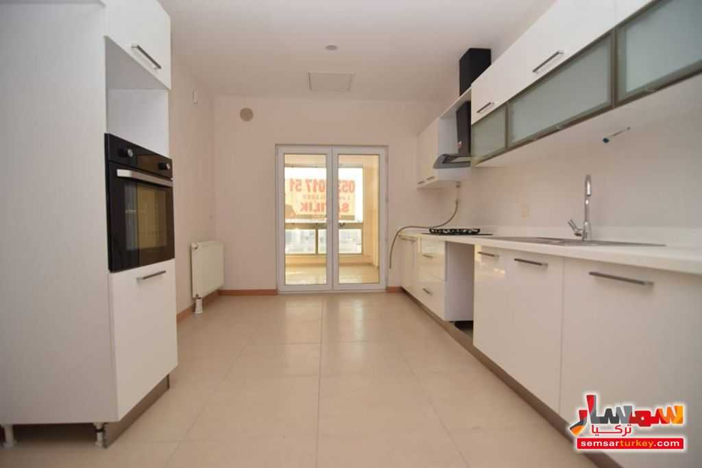 Photo 19 - Apartment 7 bedrooms 3 baths 340 sqm lux For Sale Bashakshehir Istanbul