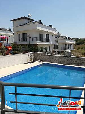 Villa 6 bedrooms 5 baths 370 sqm extra super lux