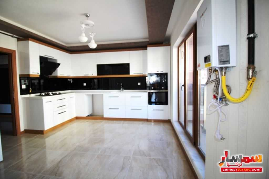 صورة 1 - 145 SQM 3 BEDROOMS 1 SALLON A BIG BALCONY NEW AND READY TO MOVE للبيع بورصاكلار أنقرة