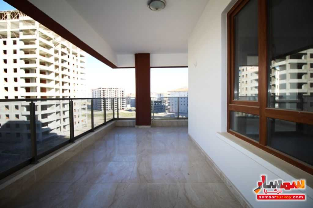 صورة 2 - 145 SQM 3 BEDROOMS 1 SALLON A BIG BALCONY NEW AND READY TO MOVE للبيع بورصاكلار أنقرة