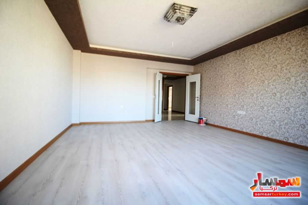 صورة 5 - 145 SQM 3 BEDROOMS 1 SALLON A BIG BALCONY NEW AND READY TO MOVE للبيع بورصاكلار أنقرة