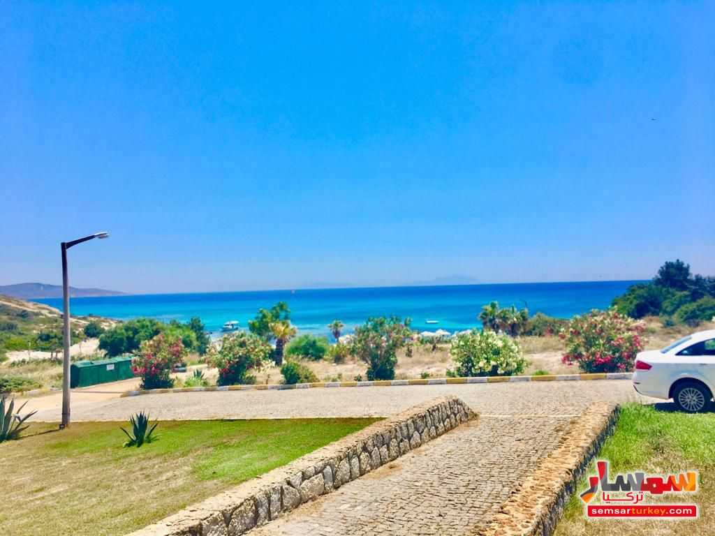Ad Photo: Next to sea shore 4+1 duplex villa 150 sqm in chashme Izmir